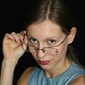 Photo  de © photo : DR Karl Offen - Portait de Jennifer Kerner de la Cie Du rire aux larmes