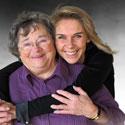 Photo  de © photo Jean François Augé Jeanne M. - Emmanuelle Taulet, dirigeante et sa grand-mère, inspiratrice