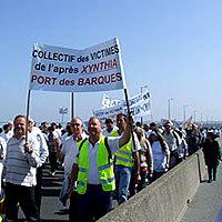 Photo  de © photo : ubacto - Manifestation Xynthia, Pont de Ré 24 avril 2010